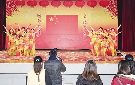 温暖中国网媒新春走基层