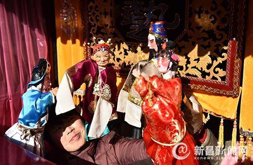 传统艺术闹新春――东茗乡布袋木偶表演年味重