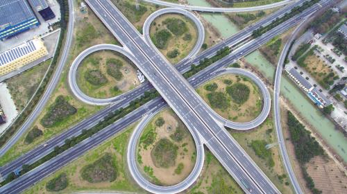 交通建设服务发展
