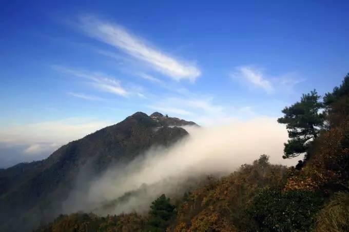 江山嵩峰山的四季奇观 那些美景令人流连忘返