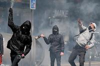 法国民众抗议大选首轮结果