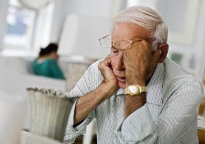 """老人情绪低落不要急着""""转移注意力"""""""