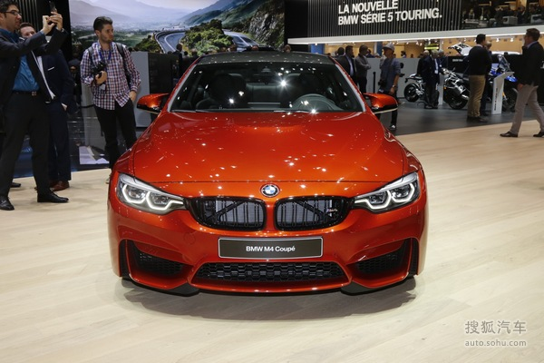 宝马新款M4正式上市 售价92.7-109.8万元