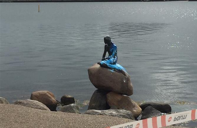 """丹麦标志性景点""""小美人鱼""""数周内再遭泼漆"""