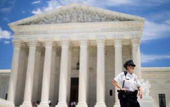 美国最高法院部分解冻特朗普政府新版移民限制令