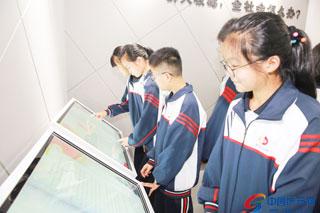 国际禁毒日——县禁毒教育展馆迎来参观热潮