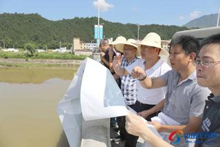 """胡献如:加快推进工程建设,打造""""一溪两岸""""景观带"""