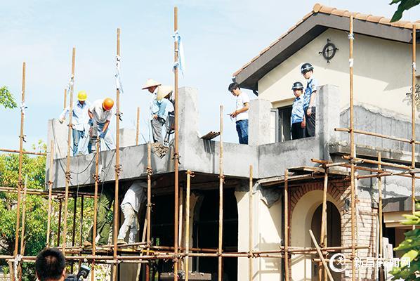 三花悦庄新增违法建筑被强制拆除