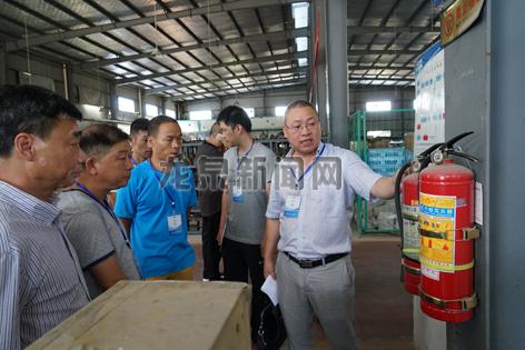 参全市安全生产监管实务专题培训会人员进行安全生产检查