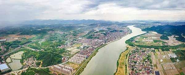 高新园区加快项目建设优化发展环境