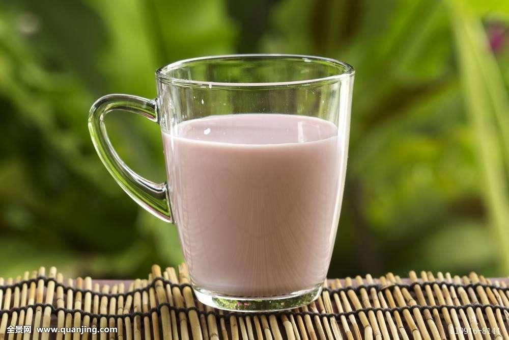 喝全脂牛奶会变胖吗?