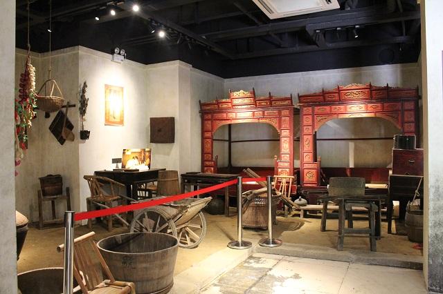 农耕文化展示厅:不忘过去,携手前行