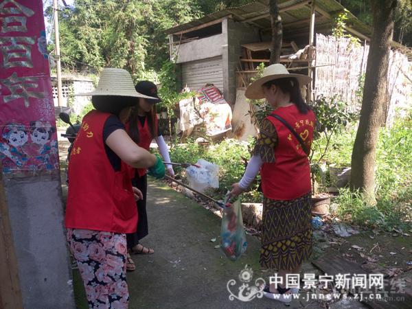 团县委助力省示范文明县城创建