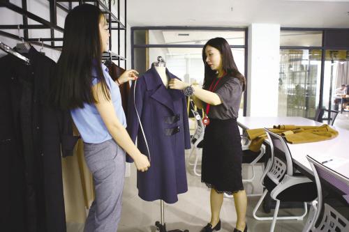 濮院毛衫联姻海外时尚