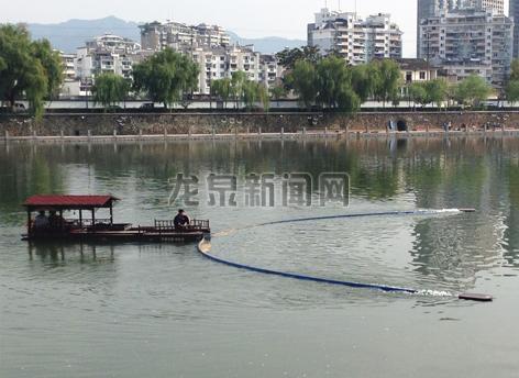 市水利局引进了丽水首艘城市河道清污利器――漂浮物自动清理船