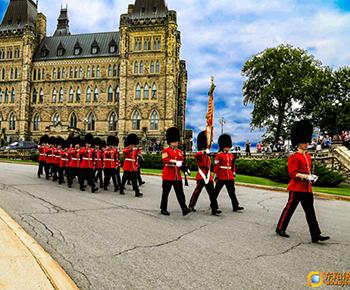 加拿大阅兵式