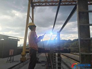 高速连接线六标段 洋心大桥施工忙