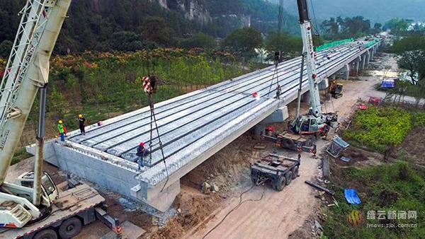 仙都下洋至前湖大桥工程高速推进