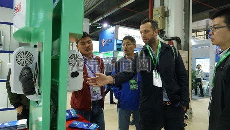 第15届上海国际车用空调及冷藏技术展览会在上海光大展览馆举行