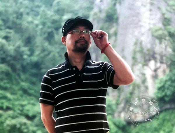 吕鸿:丹青从容舞越风