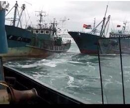 韩海警称中国渔船非法捕鱼扣20人
