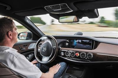 车企酝酿自动驾驶时代