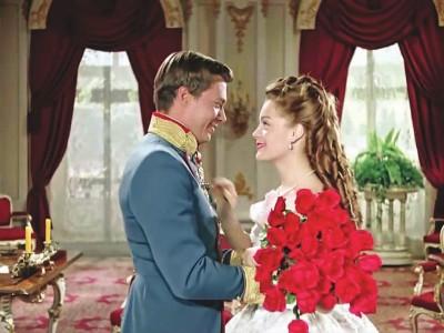 《茜茜公主》经典为何被一代代人宠爱