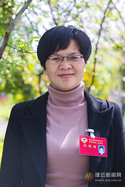 加快推进公立医院医养结合--访市政协委员朱伟