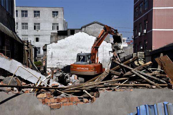 干江:桔场老旧工业点拆违再发力
