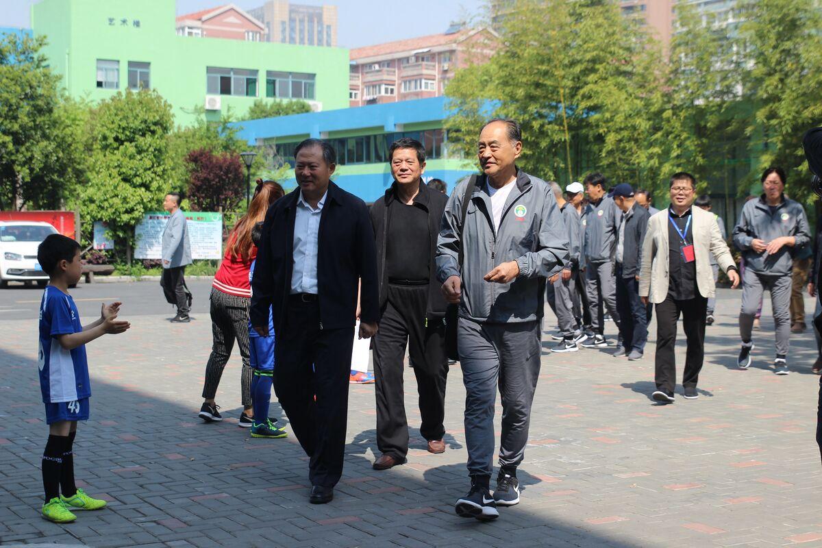 中国足球名宿辅导团进校园浙江站圆满结束