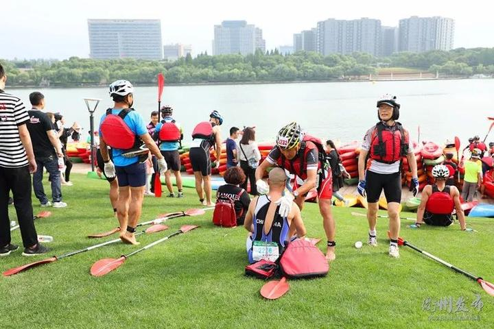 2018中国灵鹫山国际铁人三项公开赛跑起来