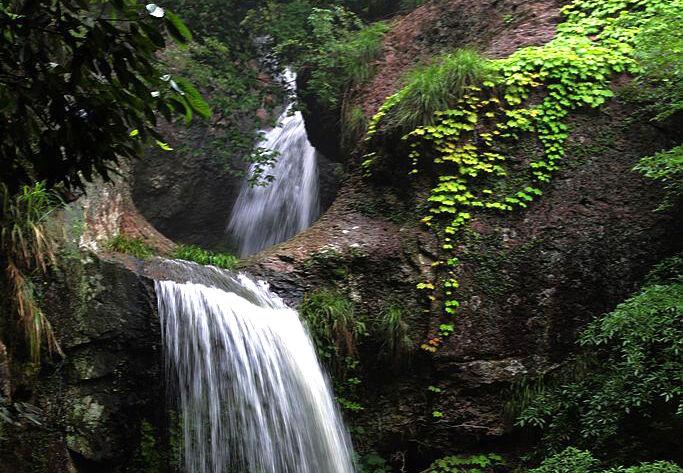【行行摄摄】山中美景――小瀑布