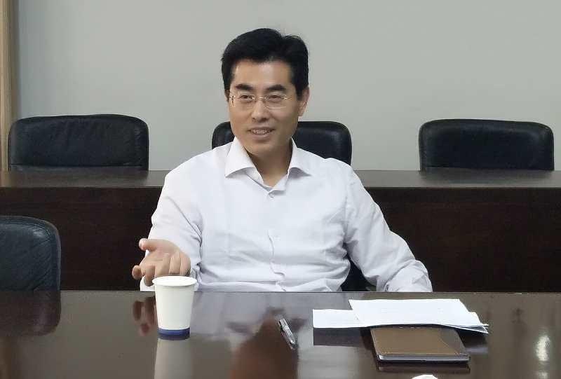 王晓峰听取浙江中国和平统一促进会、省黄埔军校同学会机关工作汇报