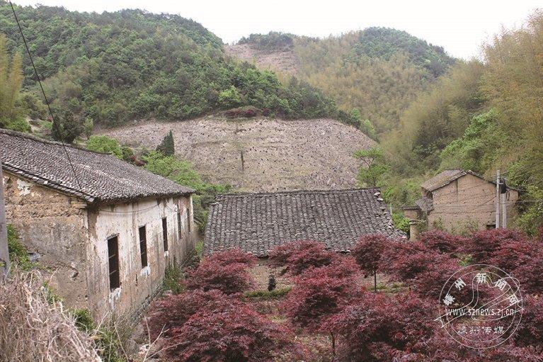 彦坑村:泥墙屋里日月长