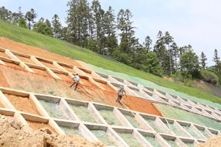 屏都工业园区基础设施建设加快推进
