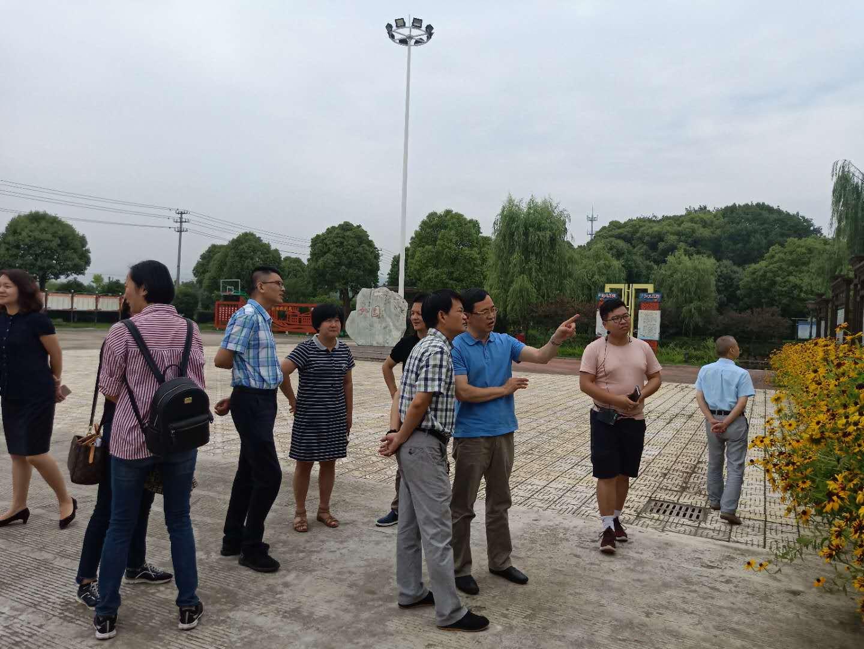 绍兴市五星达标验收组在开发区验收五星达标村