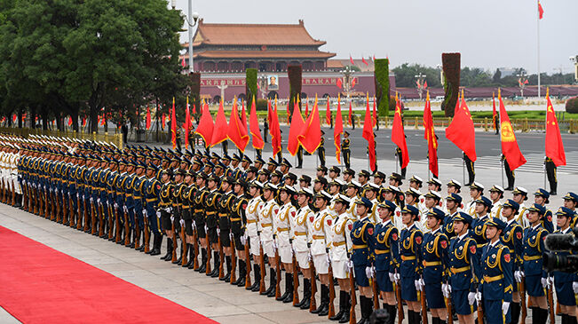 顺应时代发展 彰显大国形象――我国国事访问欢迎仪式推出改革新举措