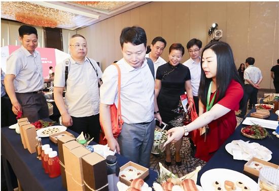 2018上虞杨梅节新闻通气会在上海举行