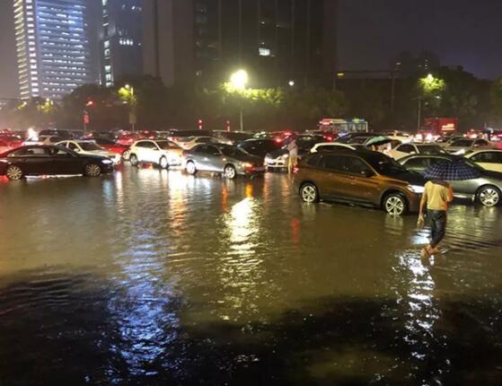 一场大雨浇出51处积水点 杭州为何仍泡汤
