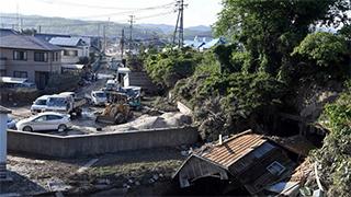 日本暴雨过后满目疮痍(图)