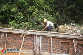 环卫处迁建工程项目施工忙