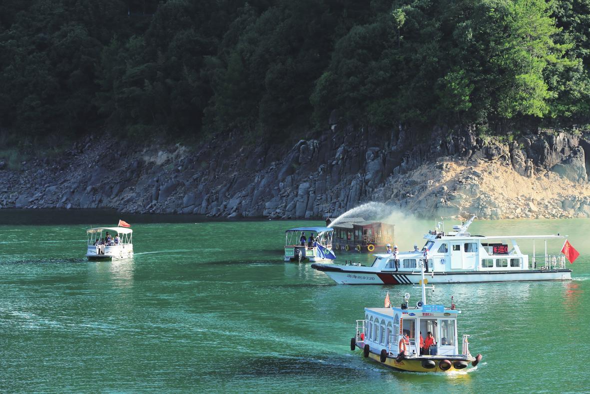 水上旅游应急演练