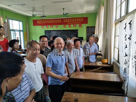 浙江省老年书画研究会4位书画家来龙讲课指导