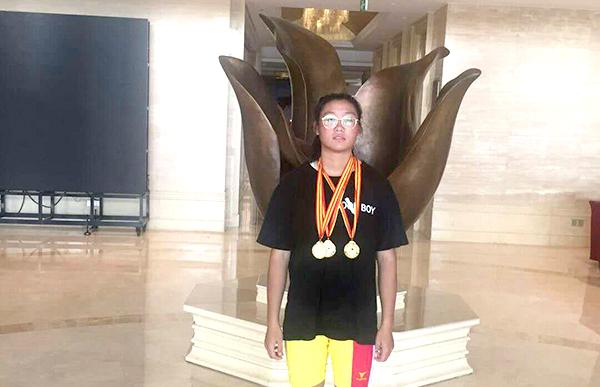 小将舒耀云获得3枚金牌