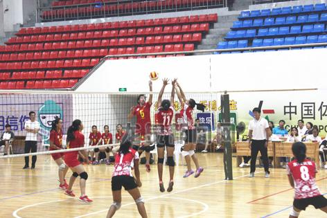 省青少年阳光体育(体育传统项目学校)排球比赛在龙举行