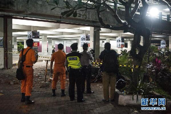 印尼龙目岛7.0级地震致82人死亡