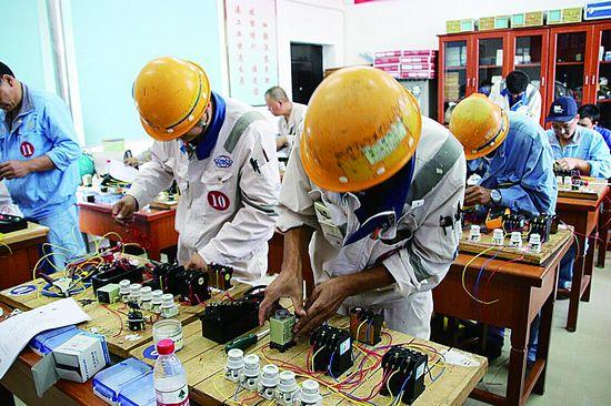 普陀:船舶电工技能大比武