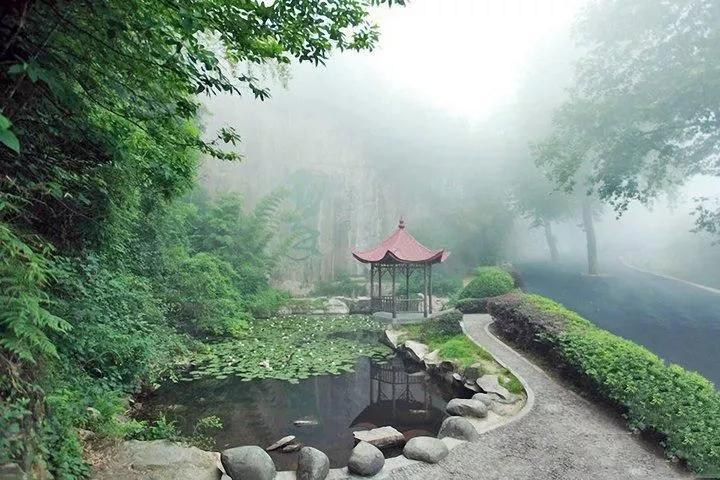 """有山有水有树 这些公园堪比""""天然空调"""""""