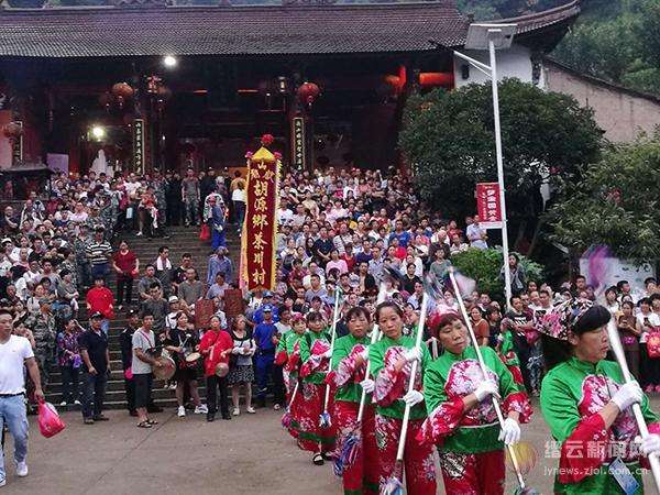 张山寨献山庙庙会 一道多彩非遗文化盛宴