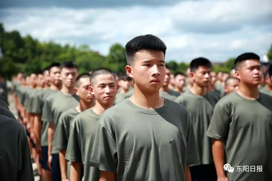 今年东阳征集新兵303人,大学生比例79%,快来看看有没有你认识的!